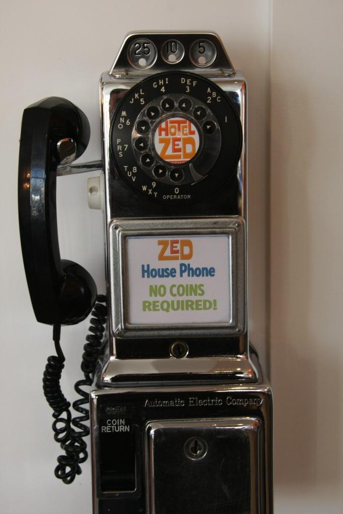 Hotel Zed House Phone