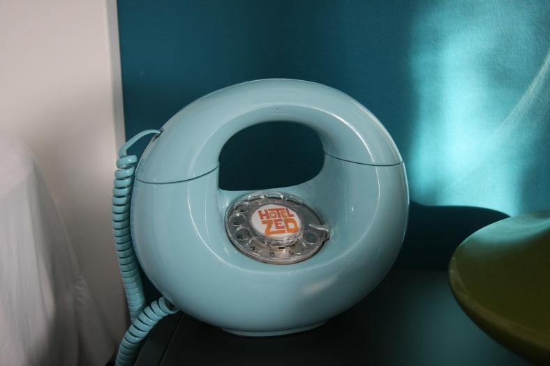 Hotel Zed retro phone